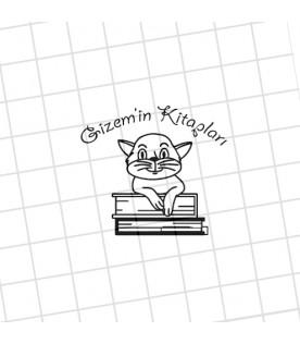Kitaplar Üzerinde Kedi - İsme Özel Mühür