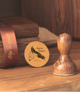 Kuş Tüyü Temalı Kişiye Özel Kitap Damgası